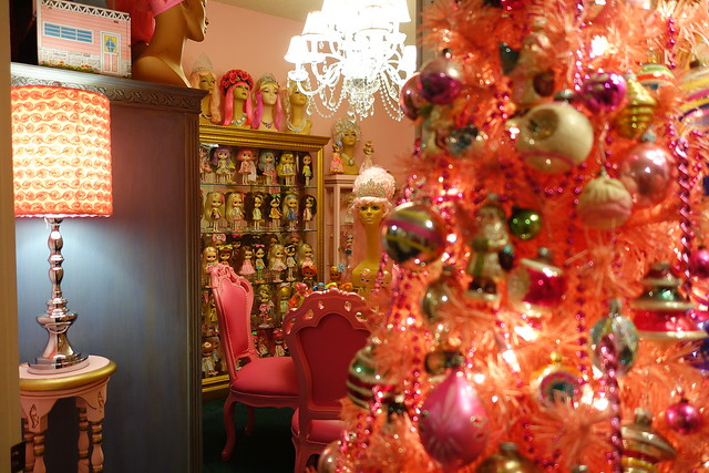 I left up the pink tree going into my dolly room!