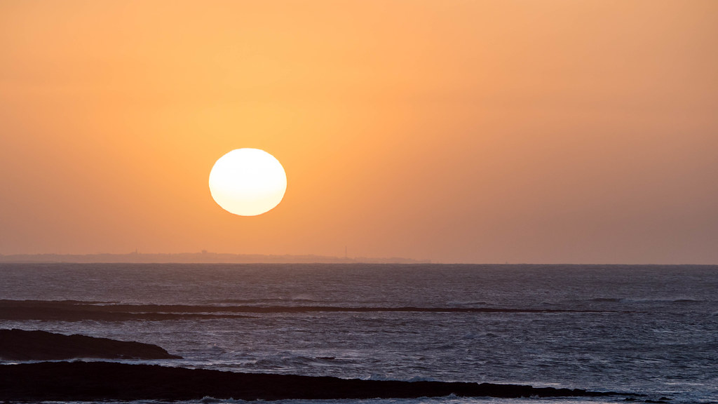 La Bretagne se réveille sous le soleil :-) 25870159478_8cabf56b8c_b