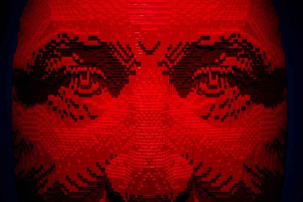 IMAGE: https://farm5.staticflickr.com/4724/38480377550_fba55036d2_b.jpg
