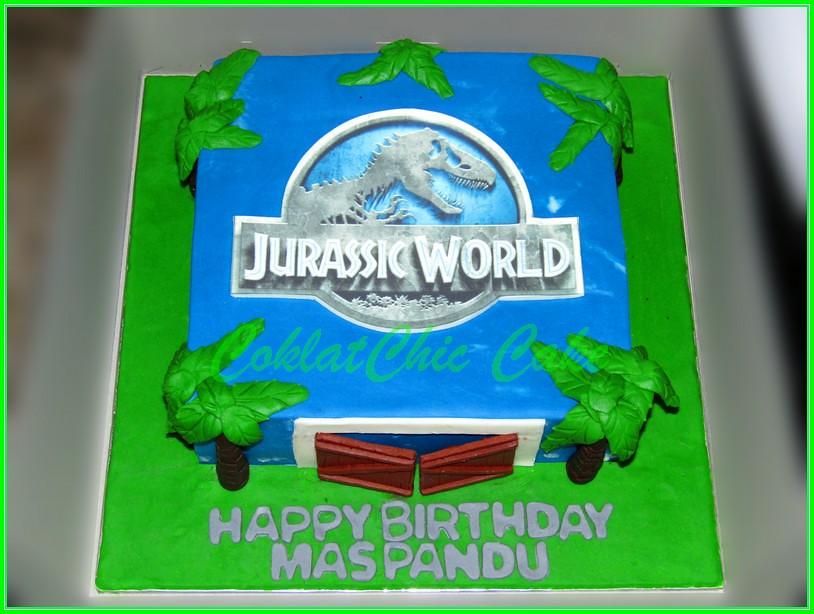 Cake Jurassic World Mas Pandu 20 cm