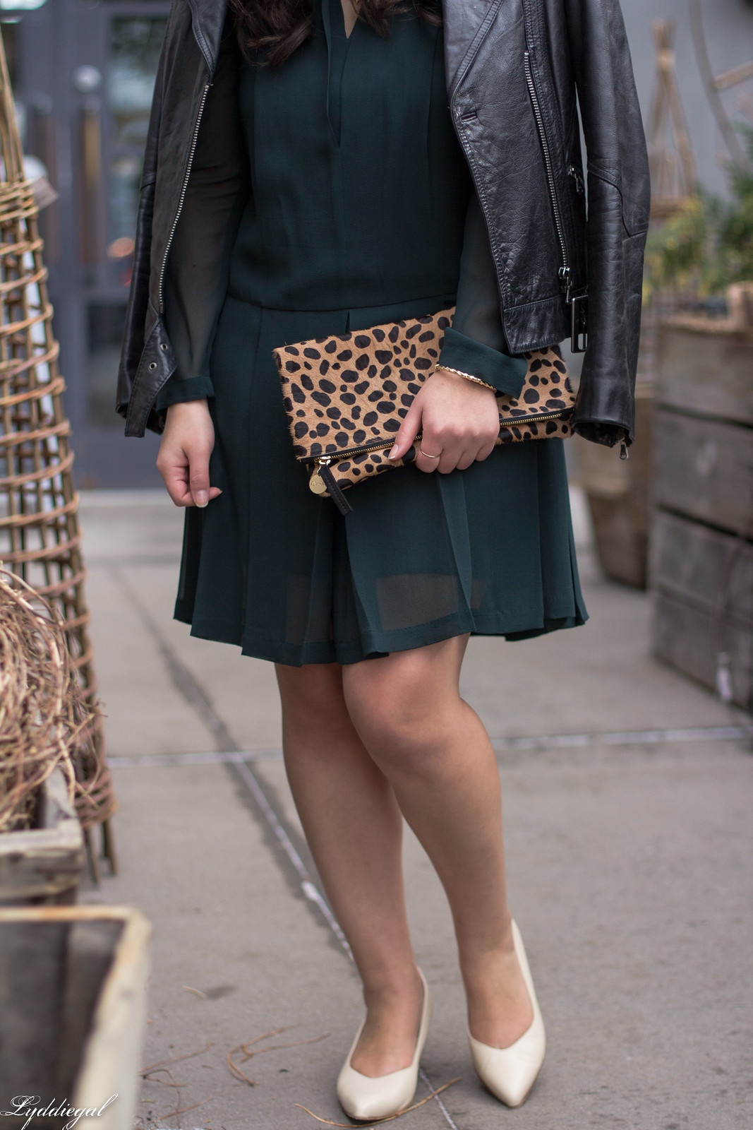 green tory burch dress, leather jacket, SAS moxie pumps, leopard clutch-17.jpg