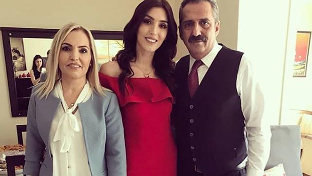 Yavuz Bingöl'ün kızı Türkü Bingöl nişanlandı