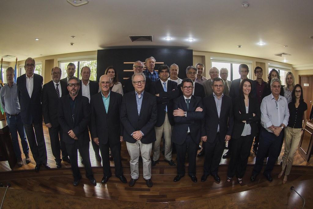 Reunião com Comitiva Colaboração Técnica Paraná e Portugal em resíduos