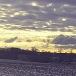 2018:02:05 15:34:59 - Pano - Sonne, Wolken und Felder - Winter Landschaft