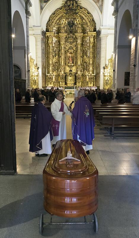 10-2-2018 - Funeral por Antonio Orozco Delclós