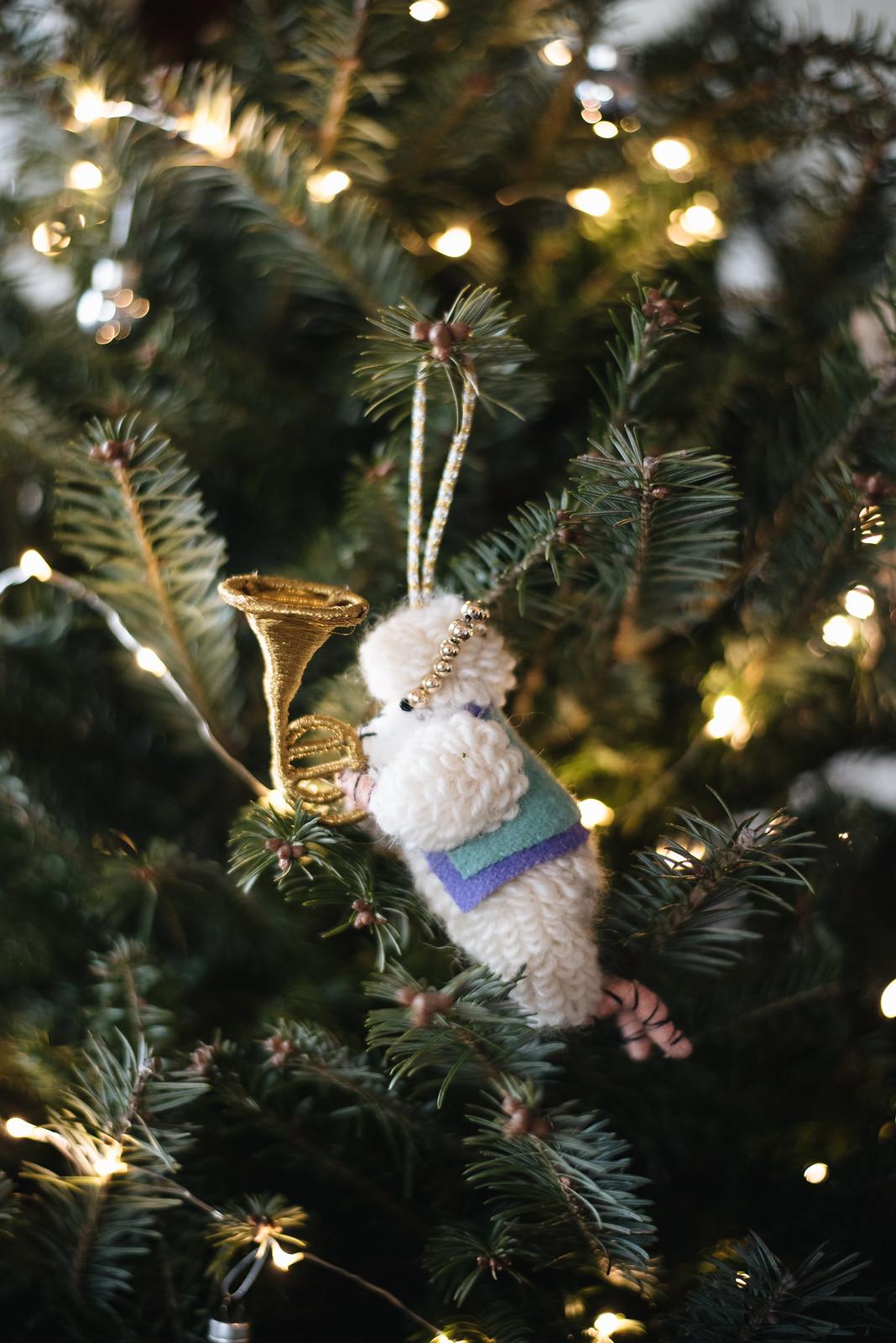 Anthropologie Ornament on juliettelaura.blogspot.com