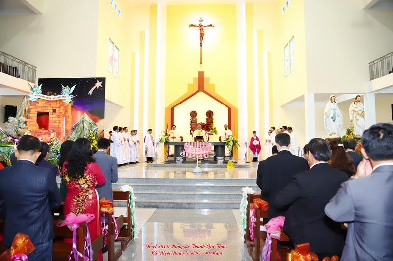 Thánh lễ kỷ niệm hôn phối tại Giáo xứ Qui Đức