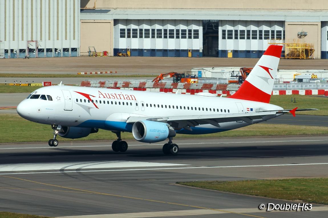 OE-LBS A320 Austrian LHR