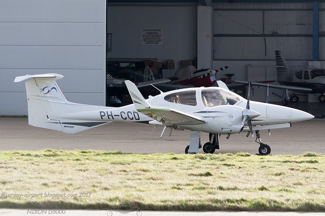 PH-CCD Diamond DA42 Twin Star