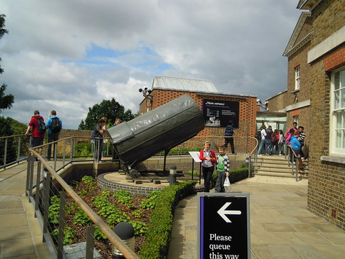 Line to get into the Royal Observatory. From Studying Abroad in London: A Quick Ride to Greenwich!