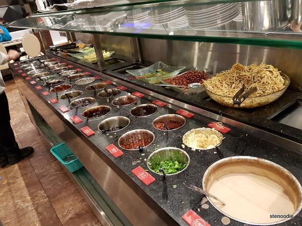 Chongqing Liuyishou Hotpot condiments station