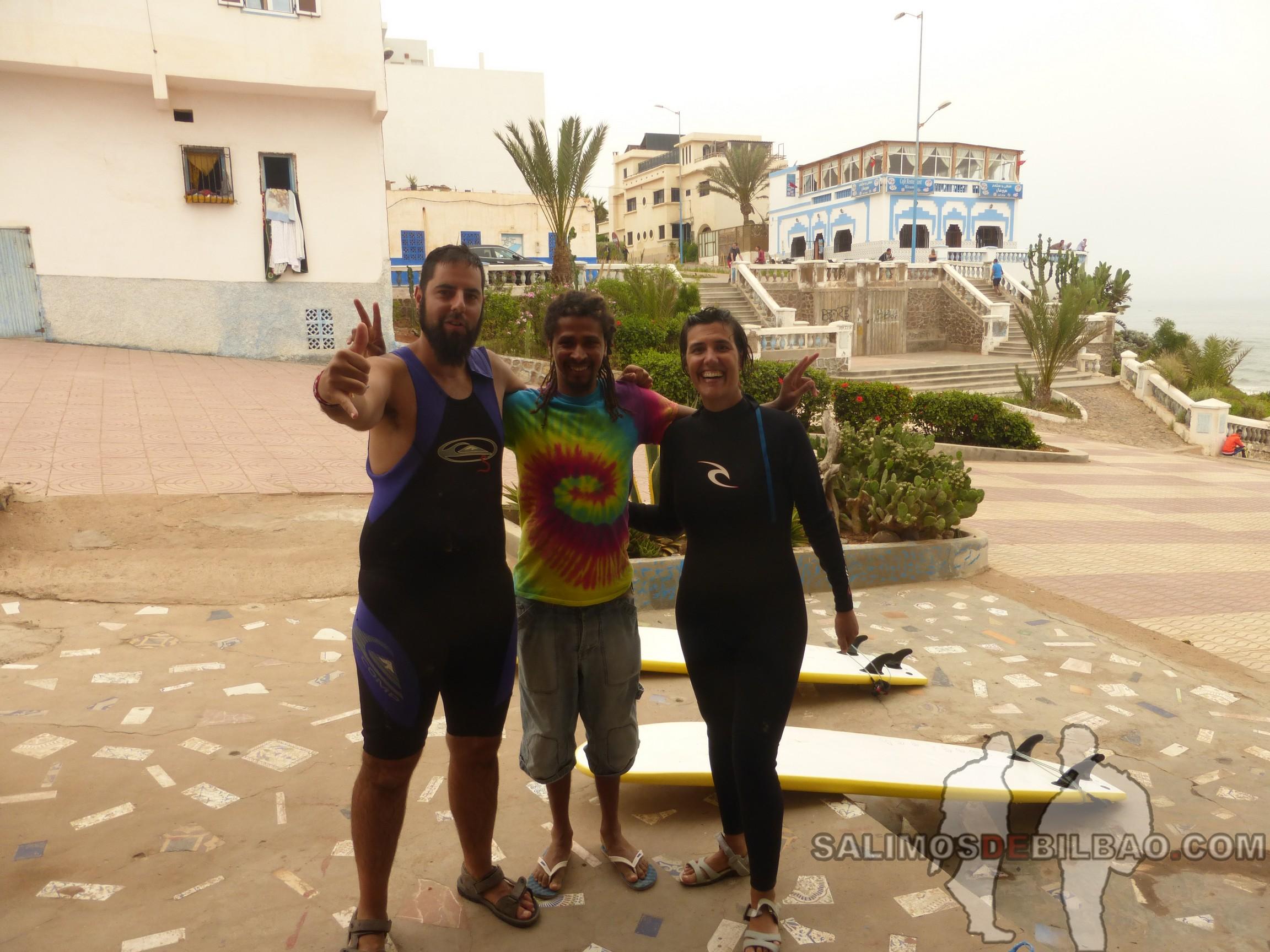 334. Katz y Saioa con profe Surf, Sidi Ifni