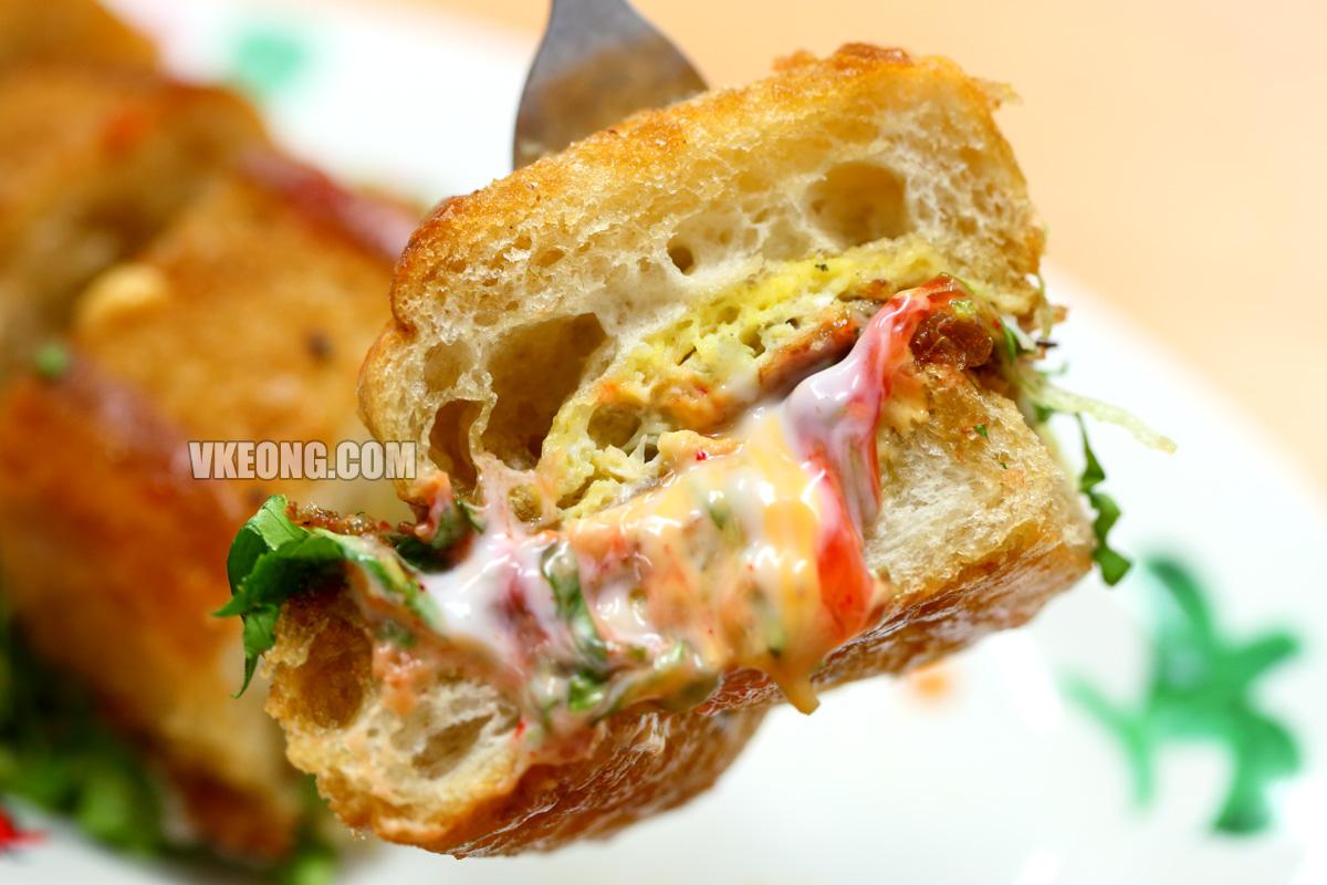 Roti-John-Melaka