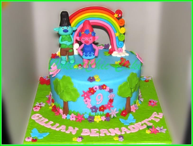 Cake Troll GILLIAN 15cm