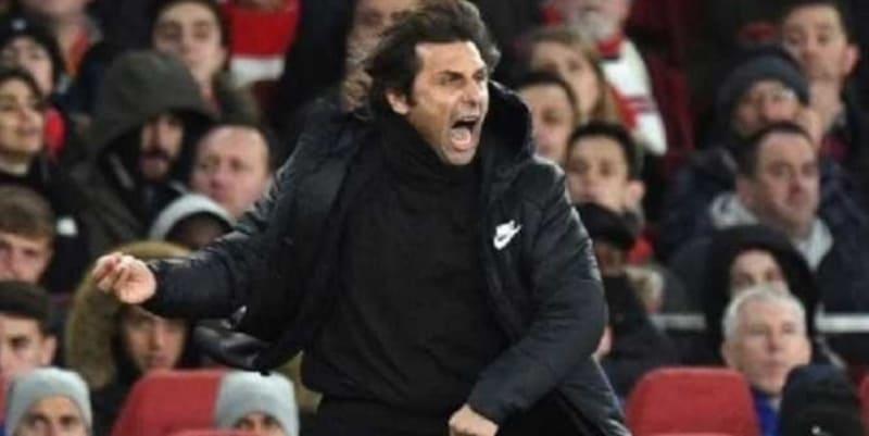 Jose Mourinho Mengatakan 2 Pelatih Ini Seperti Badut Pinggir Lapangan