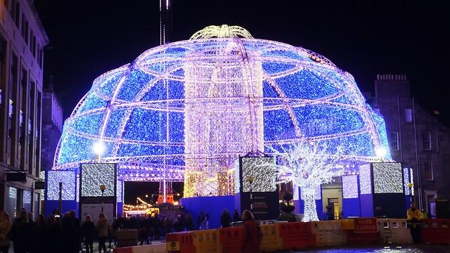 Christmas lights, George Street 01