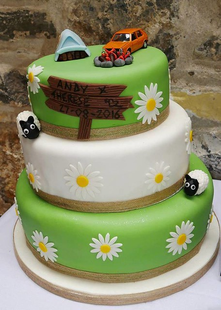 Cake by JF Cake Creations