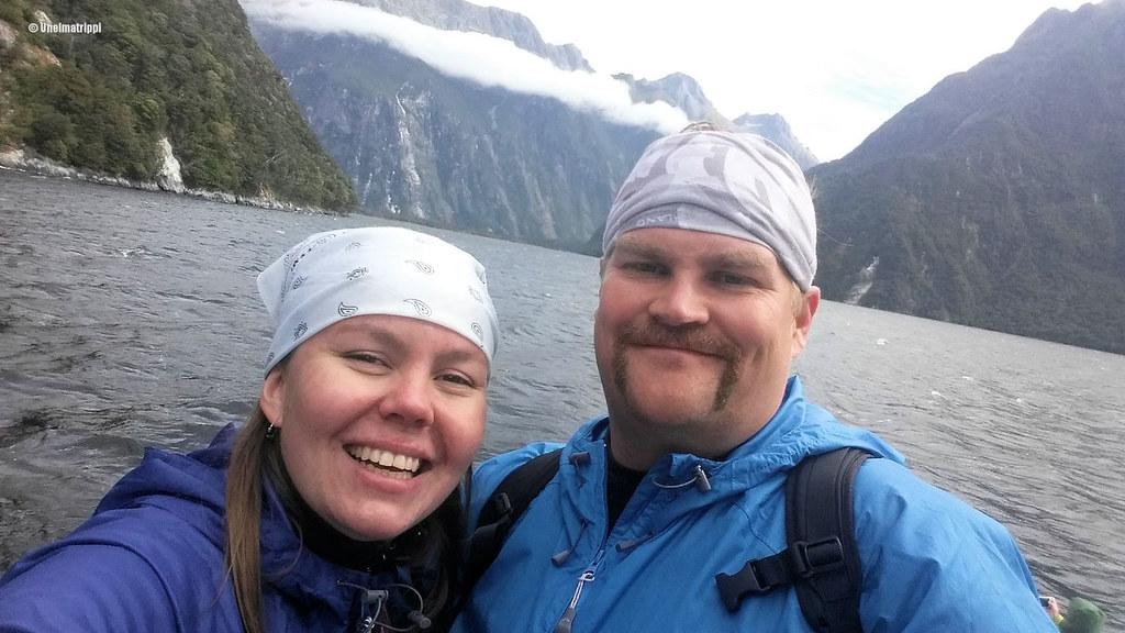 Jenni ja Hemmo Milford Sound -risteilyllä, Uusi-Seelanti