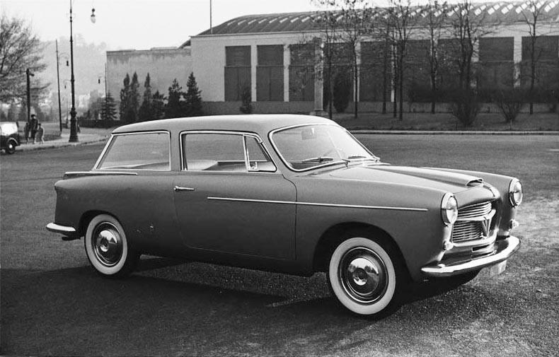 SHOOTING BRAKE. 1956 volume posteriore allungato per questa Fiat 1100 TV Speciale di Pininfarina