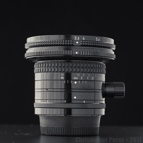 Nikon Nikkor 28mm f/3.5 PC