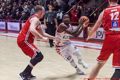 PTbasket2000Pesaro (27)