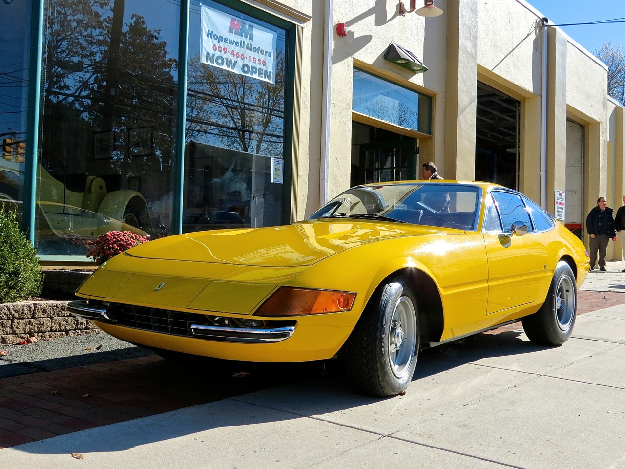 Ferrari 365 GTB-4 Daytona Hopewell NJ 4