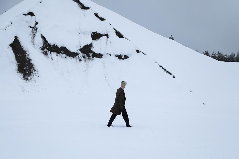MikkoPuttonen_Finland_Winter_snow_PaulSmith_RafSimons_Cos3_web