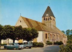 Postcard Plaisir (76 Seine Maritime) Eglise St Pierre Ph D. Guillonnet