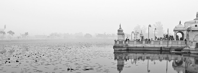 The place made me fall in love with B&W again ... so serene and peaceful!