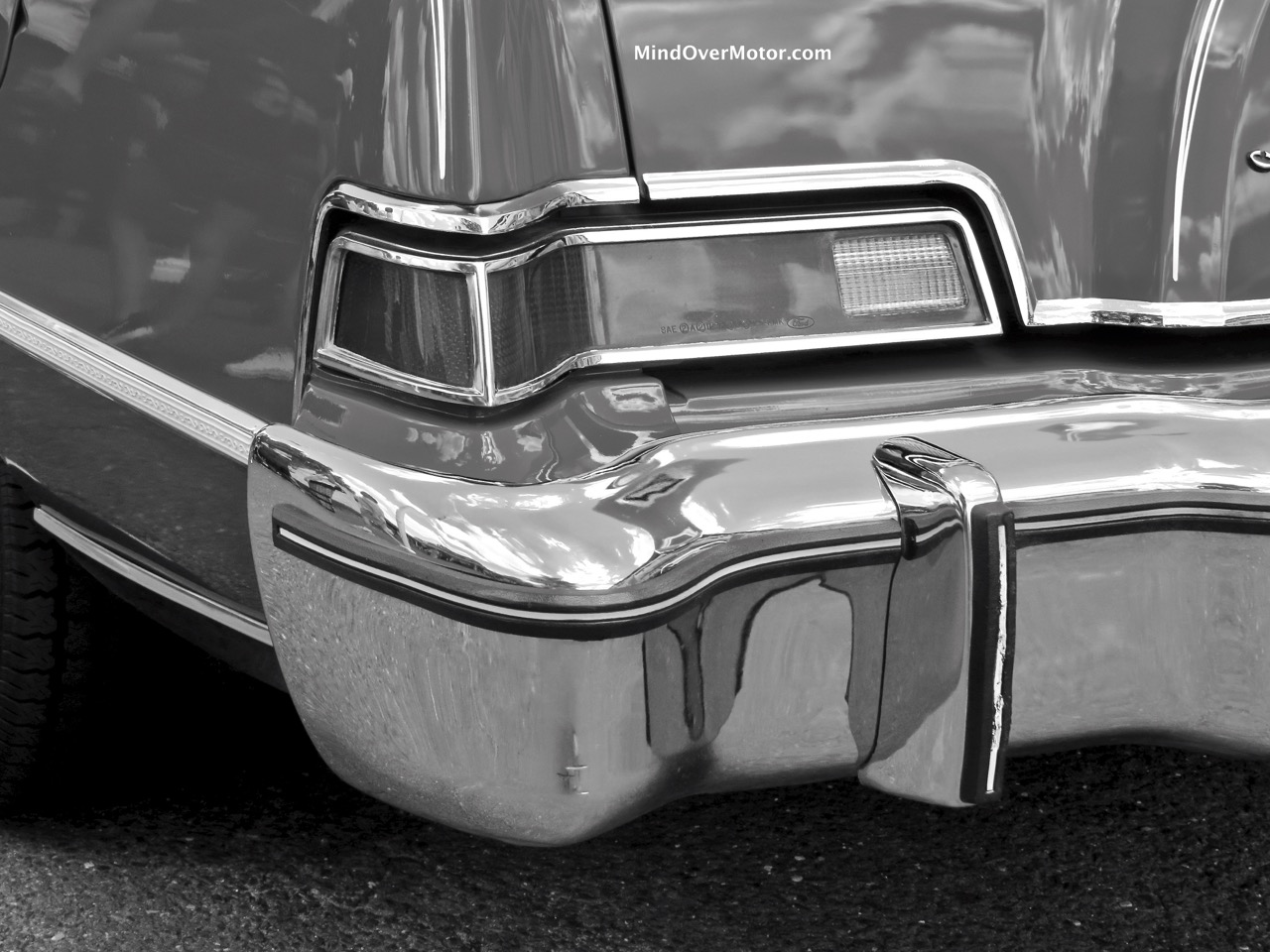 Lincoln Mark IV Taillight