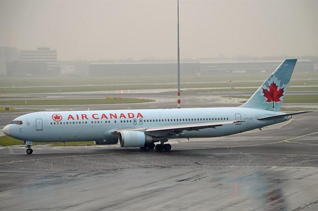 Air Canada C-FCAE Boeing 767-375ER cn/24083-215