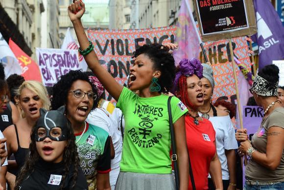 Resultado de imagen para mujeres brasil