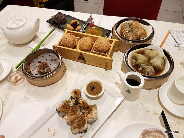 Wutai Vegetarian Restaurant dim sum