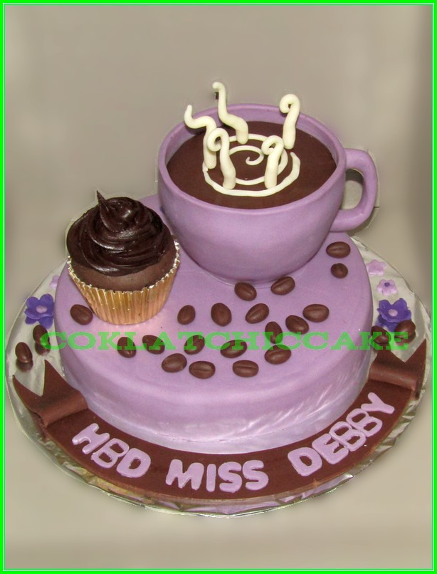 cake coffee and cupcake Debby 15cm
