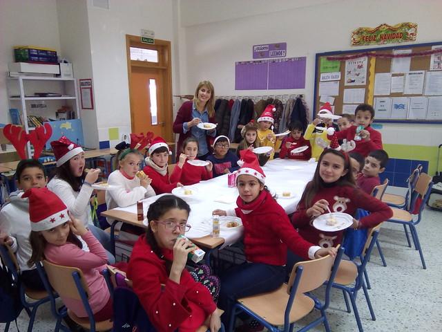 Desayuno y actividades navideñas - 4ºB