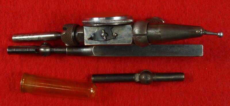 RD19916 Vintage Starrett 711-F Last Word Dial Indicator In Original Case with Label DSC03167