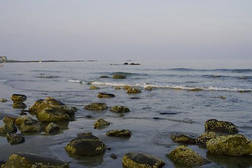 hampton newhampshire nature beach northbeach newengland gulfofmaine sea seacoast seashore ocean rocks water tide waves