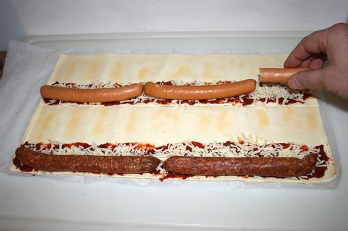 20 - Würstchen hinzufügen / Add sausages