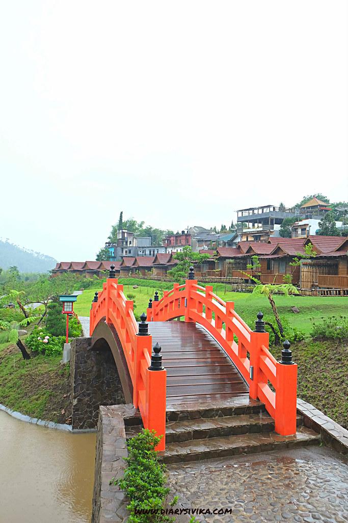 the onsen resort batu 4
