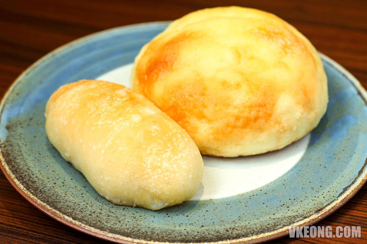Hachi-Salty-Butter-Melon-Pan-Bun