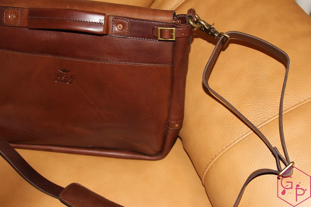 Review @SatchelandPage Brown Leather Slim Mailbag 15