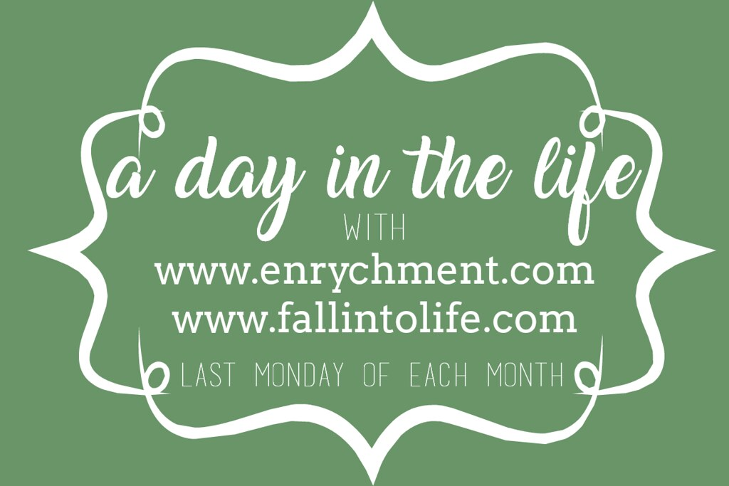 Monthly Day In The Life LinkUp