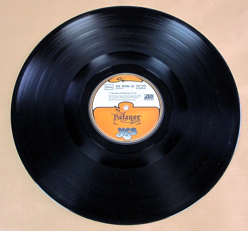 "YES RELAYER GATEFOLD 12"" LP VINYL"