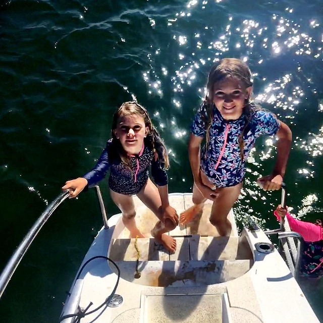 253/365 • new swimsuits for the Smalls! First time in two years!! So happy with them - as are they • . #yamba #sisters #7yo #9yo #newswimmers #northernnsw #visitnsw #abcmyphoto #bellalunaboat #cruising #Summer2017 #eastcoastaustralia #clarenceriver