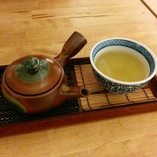 Green tea tonight! This Japanese cafe (Usagui) in Barcelona is fantastic! They took great care to ensure that the hot water for the teapot top-ups was at the correct temperature for that particular tea.