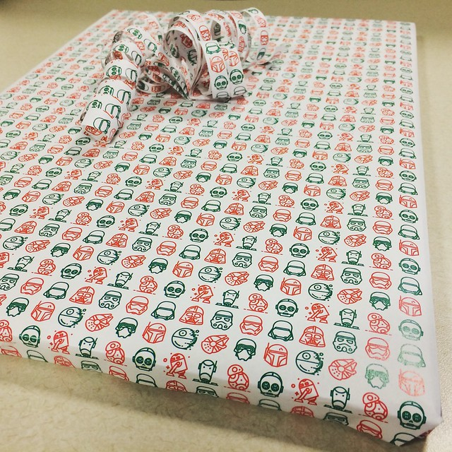 My custom #holidaystarwars #wrappingpaper for work's #bookexchange at the #Christmasparty