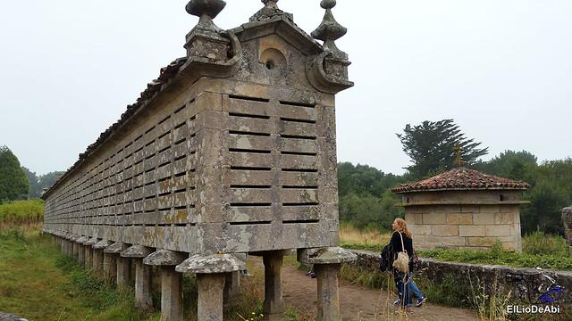 Horreos de Carnota y Lira, los mas grandes de Galicia 1