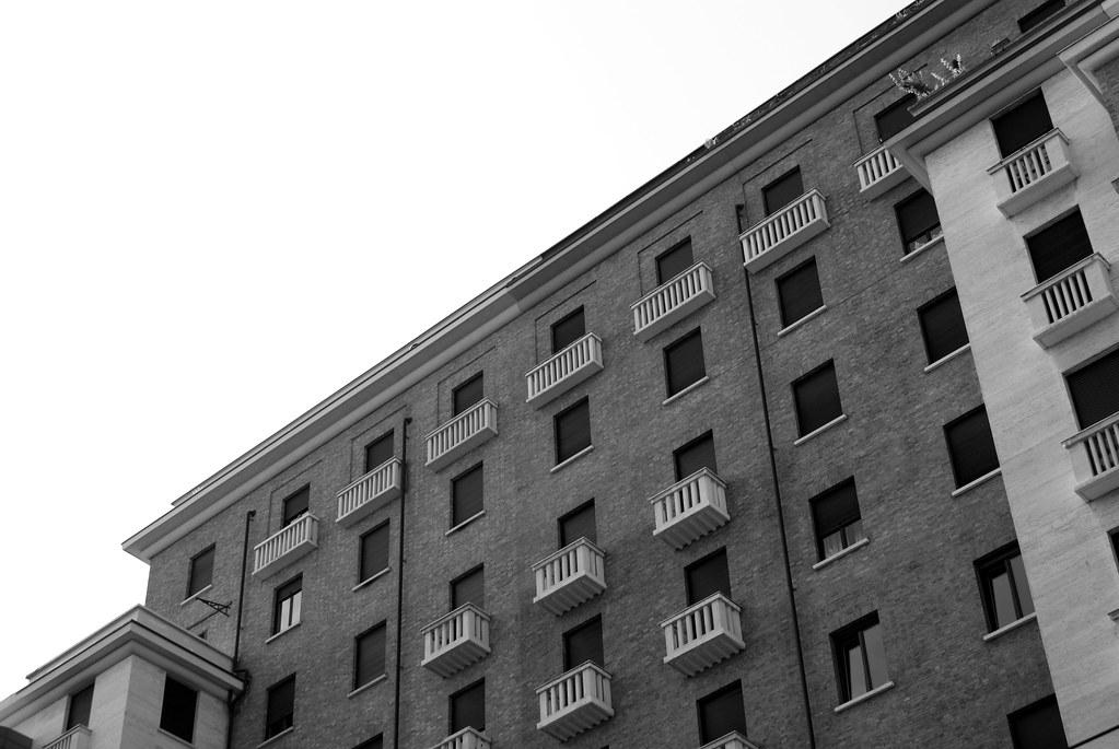 Architecture et façade fasciste à Turin.