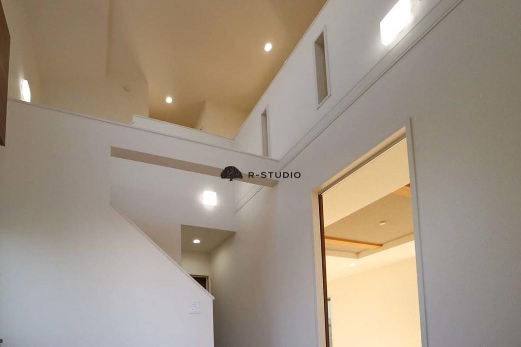 鎌倉の新築戸建:エントランスホール