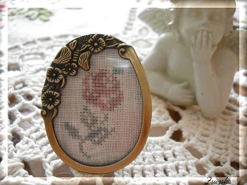 mini frame, cross stitch, rose